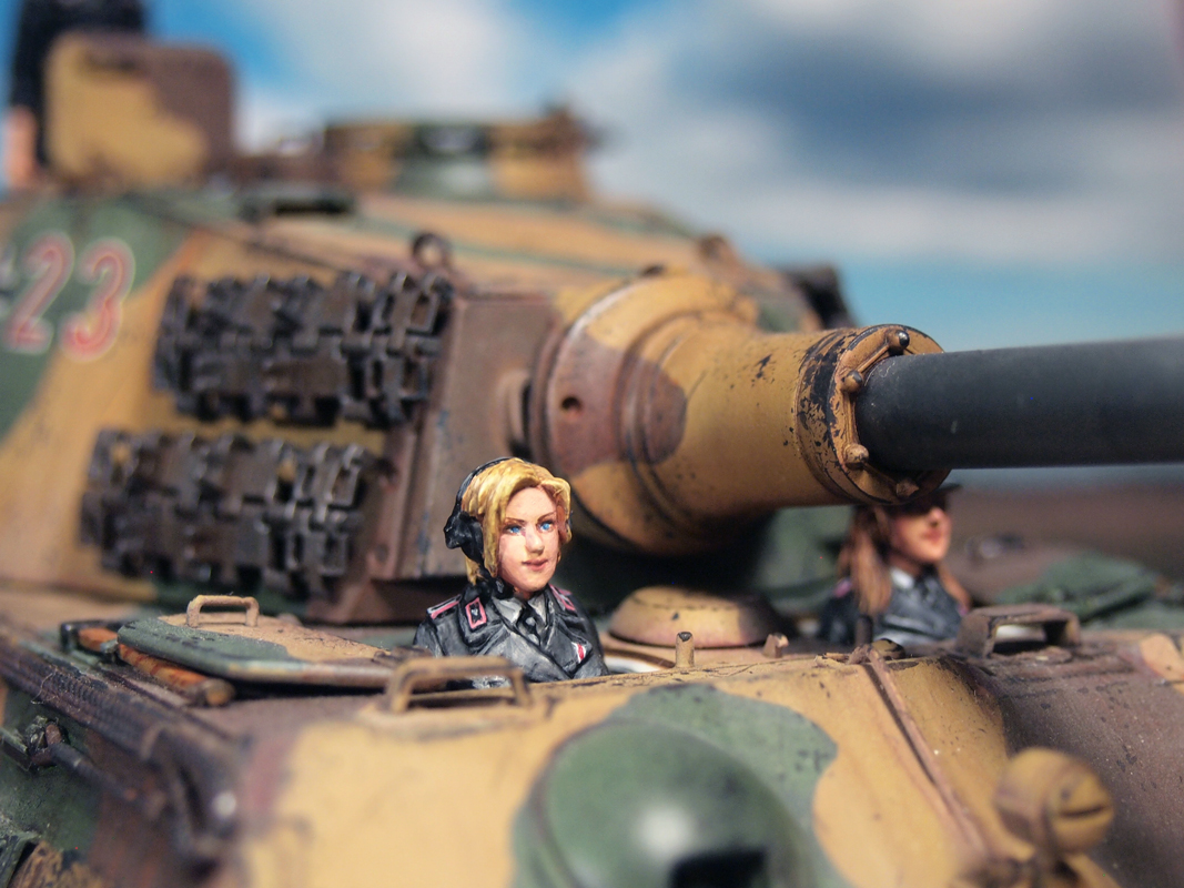 Aurora Model ML-086 German Tank Crew 1/35